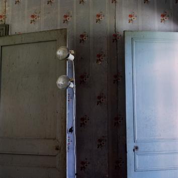Les portes / R